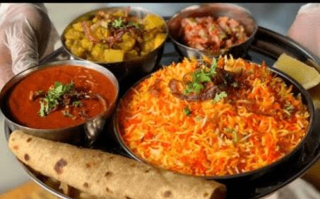 وجبة هندية في الرياض